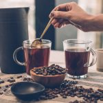 Tee- und Kaffeetassen